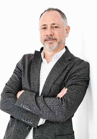 Wade Kovacic Low Commission Peel Region Sales Representative